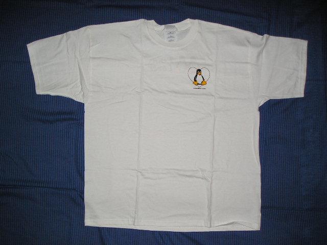 Il lato frontale della T-Shirt Linux Lover
